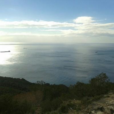 [34] las vistas únicas que se tienen desde la costa y los buques