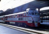 Renfe 352-001-2 «Virgen del Rosario» 2001-T con Talgo III. Madrid—Chamartín. Octubre 1992 /Falk2.