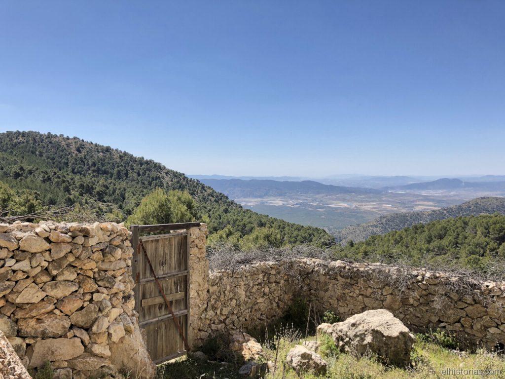 Sierra de las Cabras desde la cueva